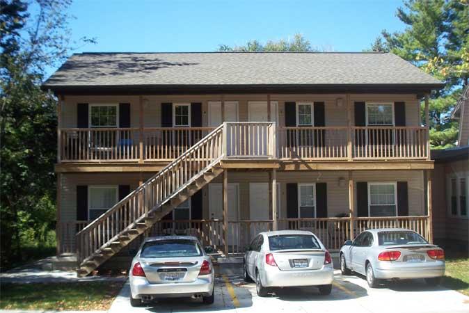 1 Bedroom 1518 1st Street Eiu 39 S Best Student Properties In Charleston